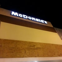 Photo taken at McDonald's by Rodrigo C. on 2/16/2013