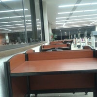 Das Foto wurde bei Sala De Lectura U. Anahuac von Monse L. am 3/1/2013 aufgenommen