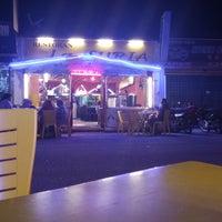 Photo taken at Restoran La Suria by Muhammad Firdaus I. on 9/21/2017
