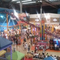 Photo taken at Internacional Shopping Guarulhos by Marcelo S. on 1/5/2013