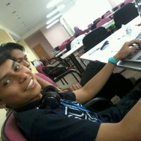 Photo taken at Library @ Royal College Of Medicine by Mukmin A. on 3/1/2013