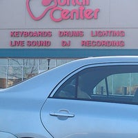 Photo taken at Guitar Center by Talyse D. on 4/25/2013