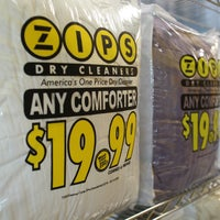 Photo taken at ZIPS Dry Cleaners by Zips Dry Cleaners on 7/11/2017