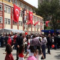 Photo taken at Medeni Berk İlkokulu by Faruk Ç. on 4/23/2014