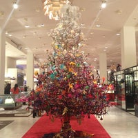 Photo taken at Neiman Marcus by Sheyla O. on 12/23/2012