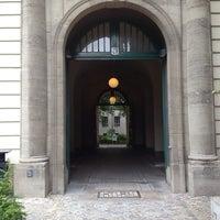 Das Foto wurde bei Haus Beuth, Beuth Hochschule für Technik Berlin von Linda C. am 7/10/2013 aufgenommen