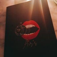 Foto tirada no(a) Air's Champagne Parlor por Najeong Sunny M. em 11/19/2017