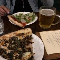 Photo prise au Homeslice Pizza par Sally C. le8/11/2018