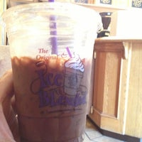 Photo taken at The Coffee Bean & Tea Leaf by Carl R. on 12/25/2012