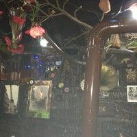 Photo taken at Vakkas'ın Et ve Uykuluk Yeri by Nenay on 12/29/2012