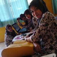 Photo taken at Universitas Pesantren Tinggi Darul 'Ulum (UNIPDU) by Nana A. on 12/19/2012