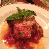 Foto scattata a Bocca Restaurant da Vault T. il 12/15/2012