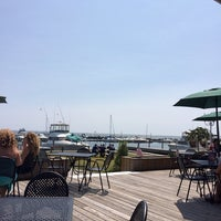 Photo taken at Bayside Clam Bar & Grill by Linda M. on 8/10/2014