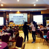Photo taken at Gadjah Mada UC Hotel & Convention by Nia P. on 6/4/2015