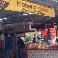 Photo taken at Klebang Original Coconut Milk Shake by arin y. on 2/28/2013