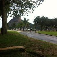 Foto tirada no(a) Curvão Aterro Flamengo por Érica M. em 2/3/2013