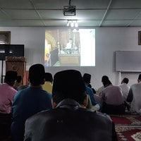 Photo taken at Masjid Darul Abidin by Harden H. on 6/25/2017