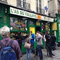 Photo taken at L'As du Fallafel by Haesun J. on 6/10/2013