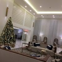 Foto tirada no(a) Tivoli Carvoeiro por Oscar T. em 12/22/2017