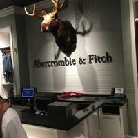 Photo taken at Abercrombie & Fitch by Urs K. on 7/17/2016