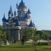 รูปภาพถ่ายที่ Sazova Bilim Kültür ve Sanat Parkı โดย SEVDA เมื่อ 5/19/2013