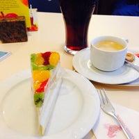 Photo taken at Café Wiedmann by Neri💕 on 1/9/2015