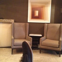 Photo taken at Amsterdam Court Hotel by Kvan S. on 4/9/2013