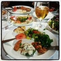 2/2/2013 tarihinde Soner H.ziyaretçi tarafından Kuzeytepe Nuri Restaurant'de çekilen fotoğraf