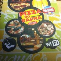 Foto tirada no(a) Pizza Do Rapha por Thomas R. em 12/23/2012