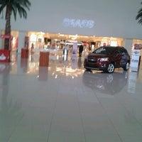 Foto tomada en Galerias Mall por Liz M. el 1/31/2013