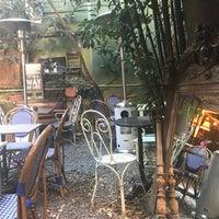 10/4/2017 tarihinde Pinar E.ziyaretçi tarafından Kavanoz İstanbul'de çekilen fotoğraf