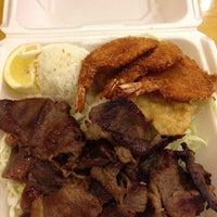 Photo taken at L&L Hawaiian BBQ by Mer R. on 10/4/2013