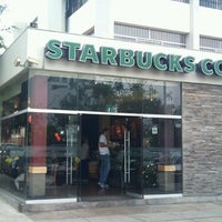Photo taken at Starbucks Coffee by Fernando N. on 12/22/2012