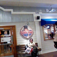 Photo taken at Bubba Gump Shrimp Co. by Monike S. on 12/22/2012