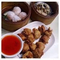 Foto tirada no(a) Wai Ying fastfood (嶸嶸小食館) por Jane A. em 5/10/2015