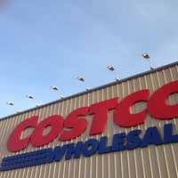 Photo taken at Costco by Ciaö on 4/11/2013
