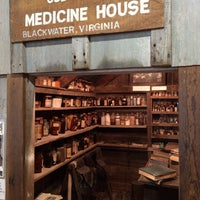Photo taken at Museum of Appalachia by Silvia B. on 8/14/2014