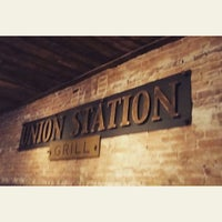 Photo prise au Union Station Grill par Michelle R. le2/8/2015
