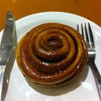 1/4/2013 tarihinde Ligia S.ziyaretçi tarafından Starbucks'de çekilen fotoğraf