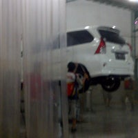 Photo taken at Pilar Tidar Car Wash by Hocky H. on 2/14/2013