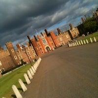 7/20/2013 tarihinde Andrius S.ziyaretçi tarafından Hampton Court Palace'de çekilen fotoğraf