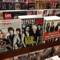 Photo taken at Barnes & Noble by Veena S. on 9/6/2013