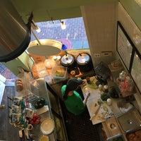 Photo taken at Cafe Tu-O-Tu by Veena S. on 11/16/2015