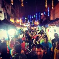 Photo taken at Jalan Tuanku Abdul Rahman (TAR) by Eddie C. on 7/27/2013