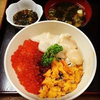 Photo taken at 市場食堂 by ノンタン on 10/24/2013