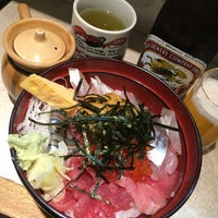 Photo taken at つきじ 丼匠 by Cinthya T. on 10/29/2016
