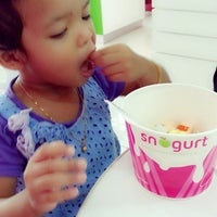 Photo taken at snogurt seksyen 7 by Miss E. on 6/16/2013