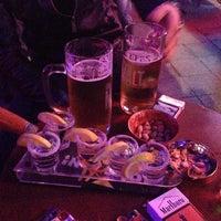 Foto tomada en Splendor Bar por Mahmut D. el 10/19/2013