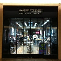 Photo taken at MAKE UP FOR EVER by Gabriela G. on 8/15/2013