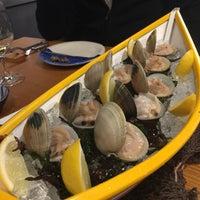 Das Foto wurde bei Restaurant Estimar von Cristina A. am 12/7/2017 aufgenommen